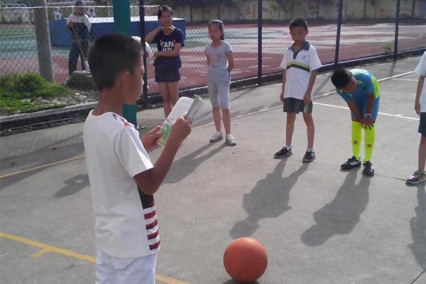 龙泉绿谷教育集团篮球训练队开练
