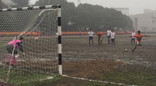 浙江省大学生校园足球(丙级)联赛在浙江邮电职业技术学院举行