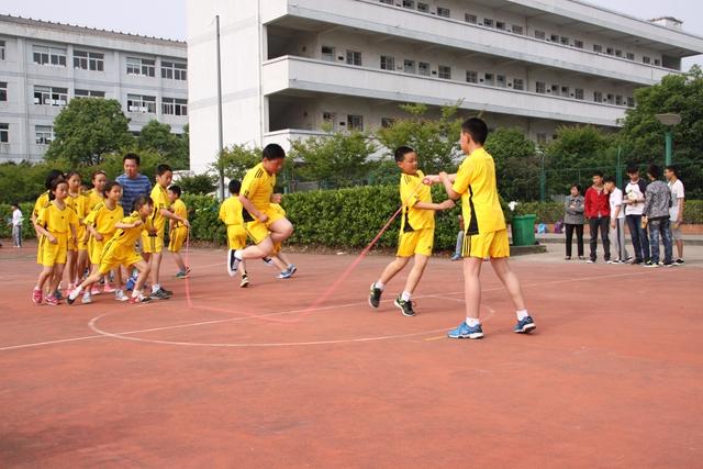 安吉县第八届中学生阳光体育运动会顺利结束