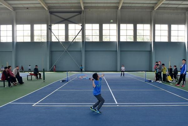 2015年湖州市中小学生网球比赛顺利结束