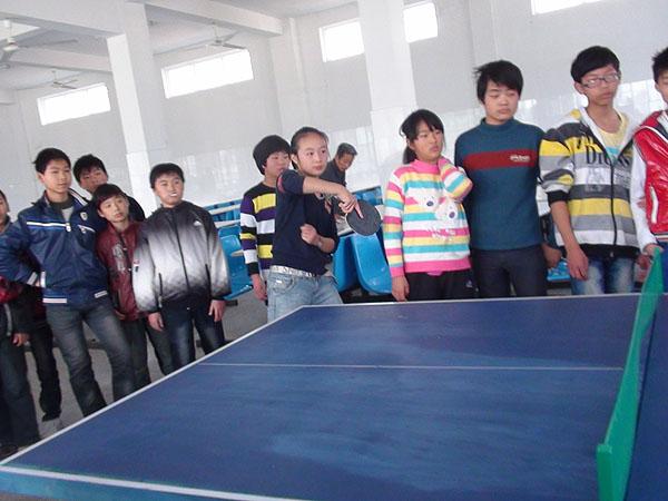 妙西中学乒乓球选拔赛鸣锣开赛