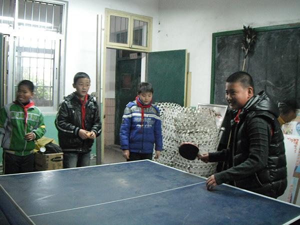 龙泉小学举行乒乓球联赛活动