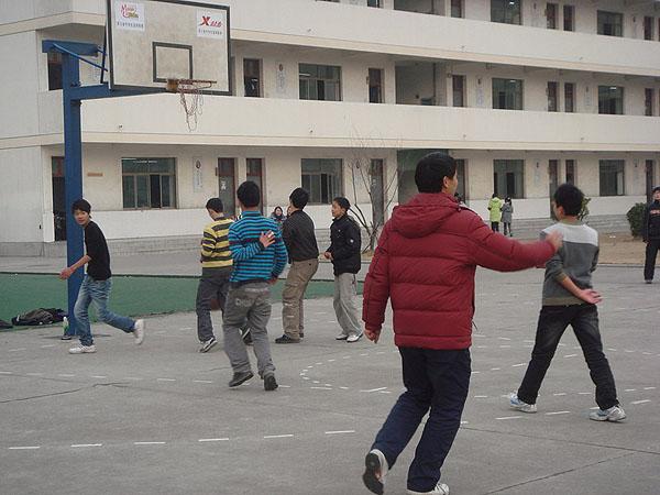 环渚学校篮球对抗赛战况