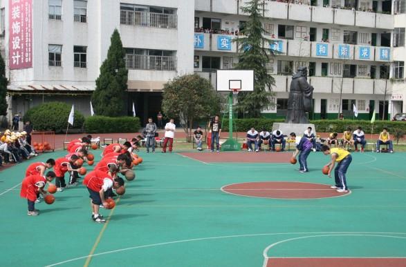 ZSBL浙江省中学生篮球联赛推广活动走进龙游桥下小学