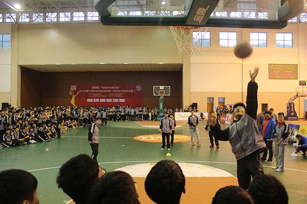 加油助威尽享ZSBL篮球嘉年华带来的乐趣