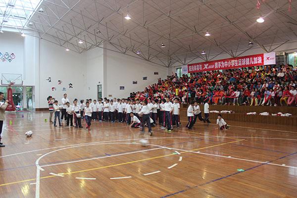 ZSFL普通学生足球嘉年华在欢乐中进行