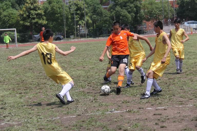 德清县第四届中小学生足球比赛顺利落幕